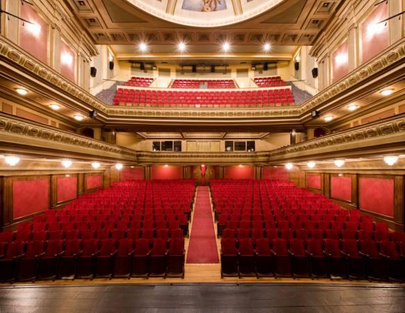Teatro Isabel La Cat Lica Minigranada